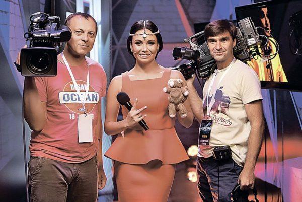 Ляйсан Утяшева в роли ведущей